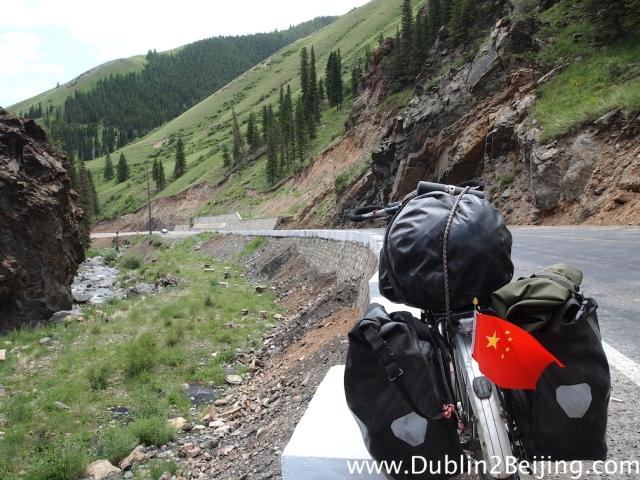 Road to Hami